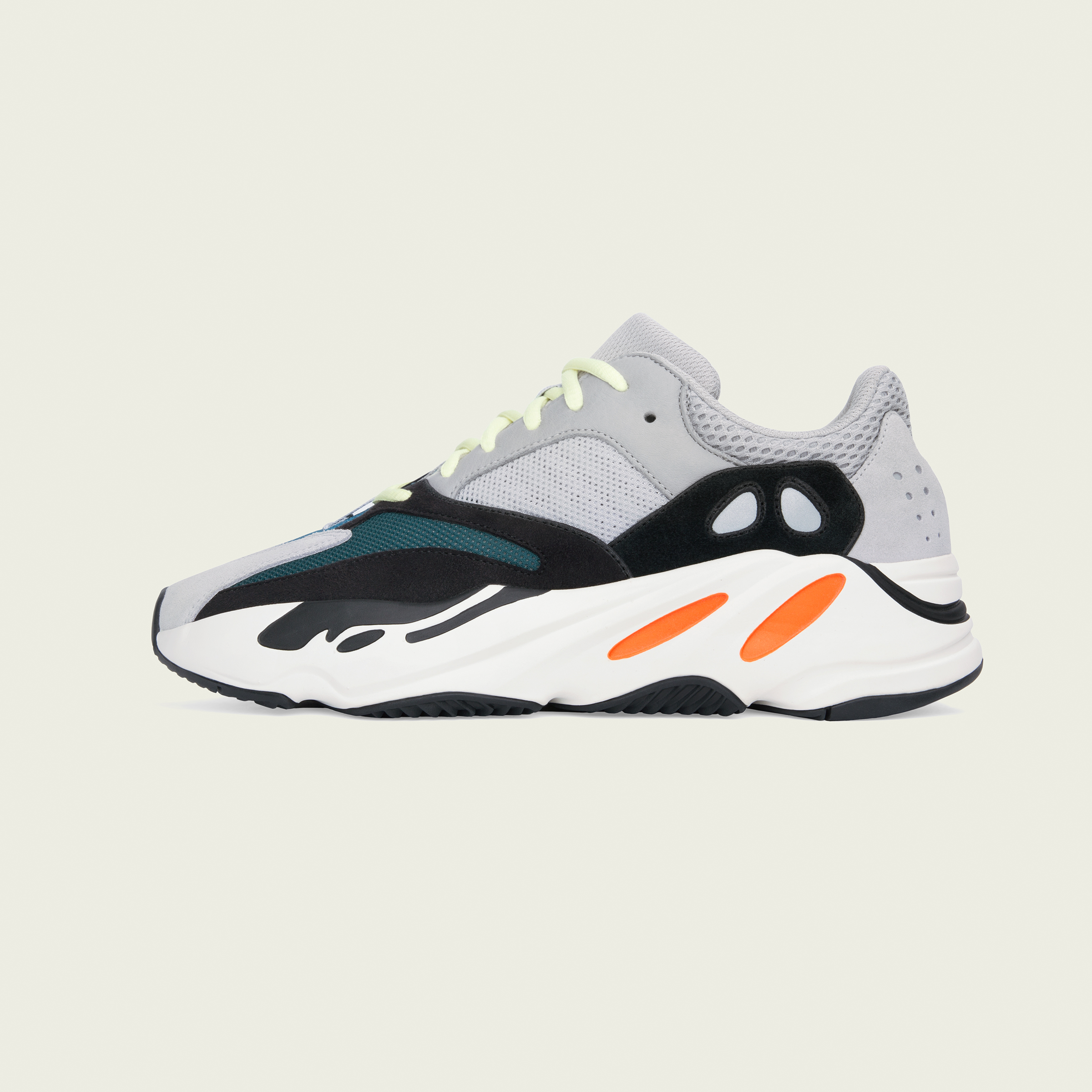 regarder 17f58 0546c IN PHOTOS: adidas + Kanye West Announce the New Yeezy Boost ...